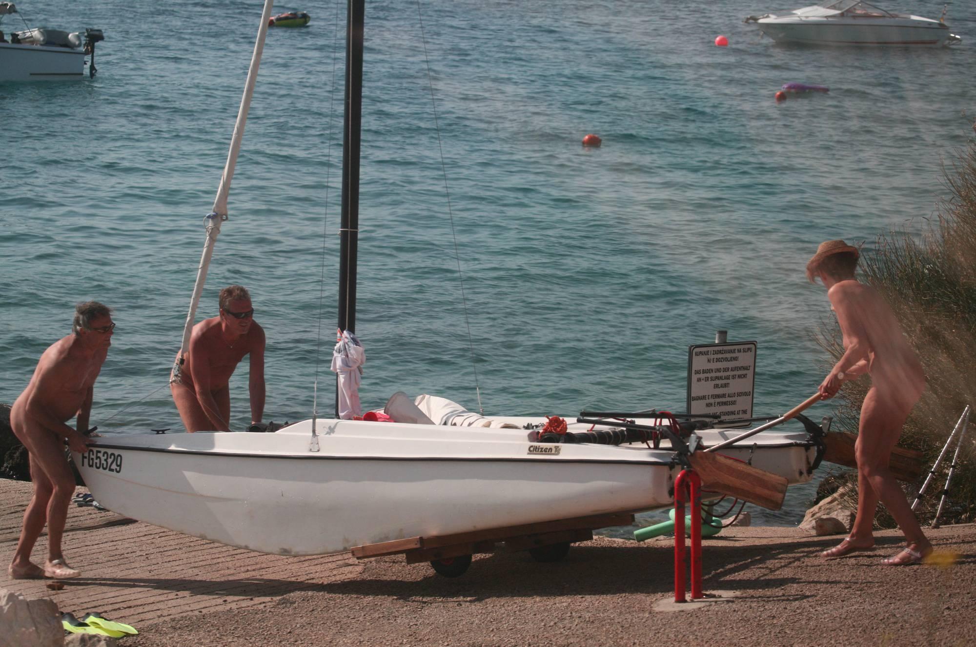 Bares FKK Water Boating - 2