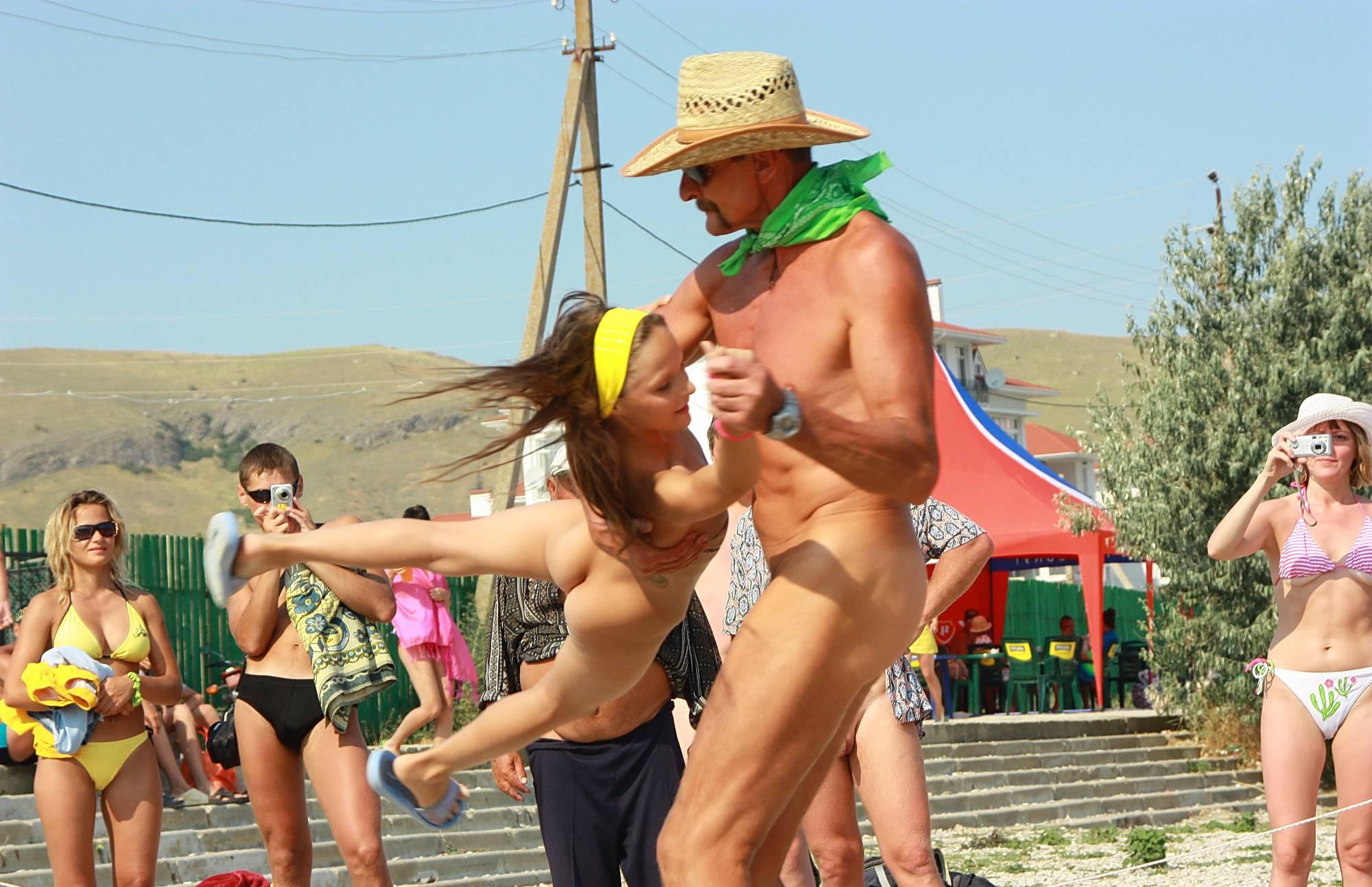Nudist Pictures Beach Dance Festival 20 - 1