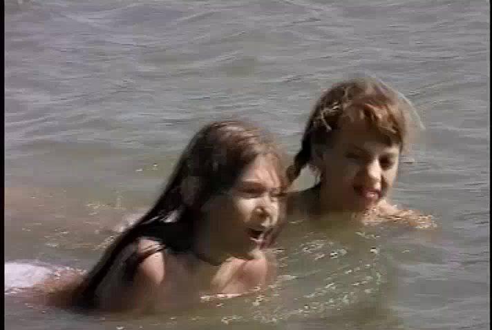 Nudist Videos Julia and Valerie - 2