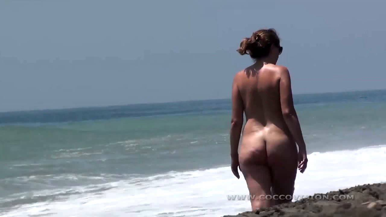 Naturist Videos Lola's Spanish Beach Lovlies - 2