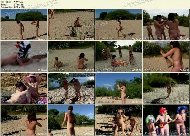 Naked Shoot Out - film stills 1