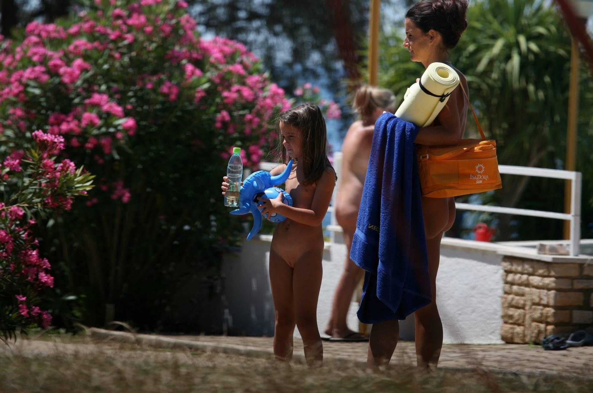 Nudist Gallery Nuda Pool Family Lifestyle - 1