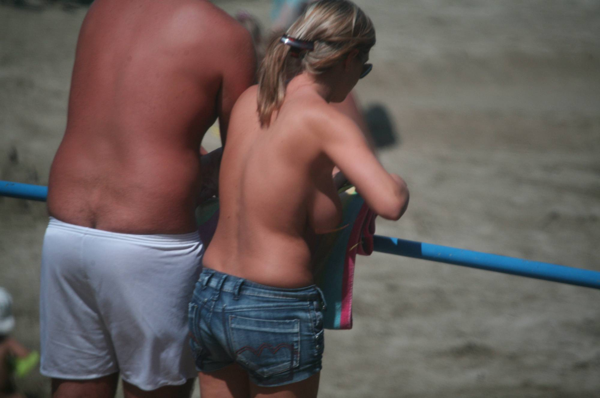 Nudist Pics Pier FKK Shorts Couple - 1