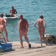 Bares FKK Water Boating