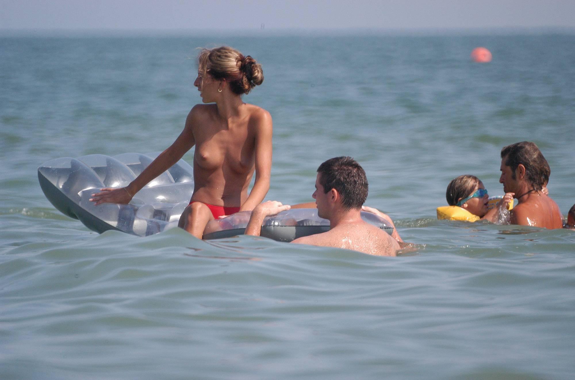 Nudist Photos Ula FKK Water Floatables - 1